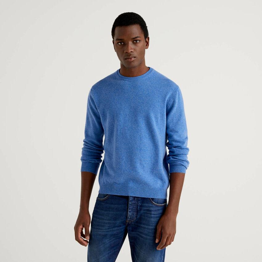 Maglia girocollo azzurra in pura lana vergine