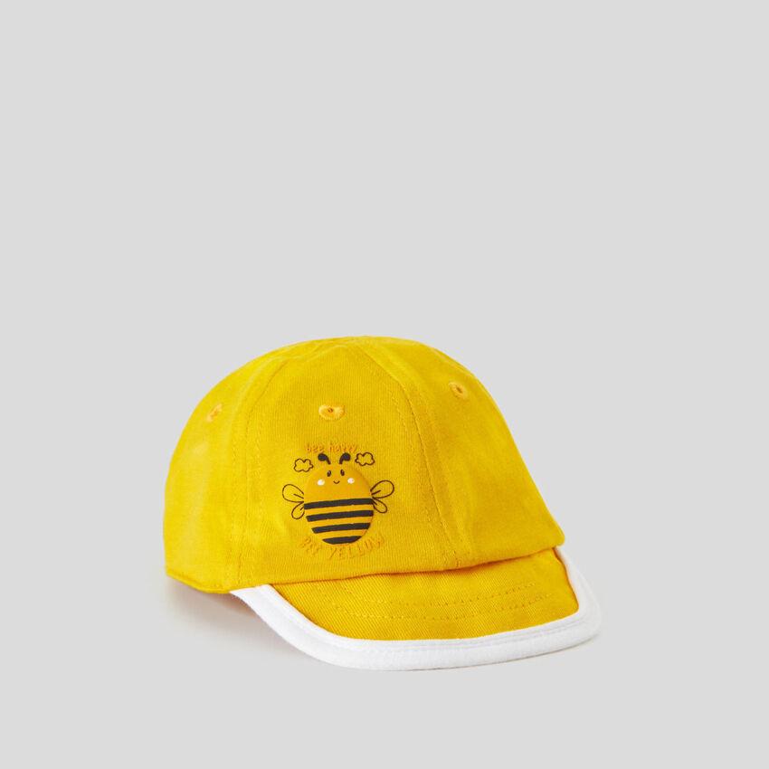 Cappellino giallo con visiera