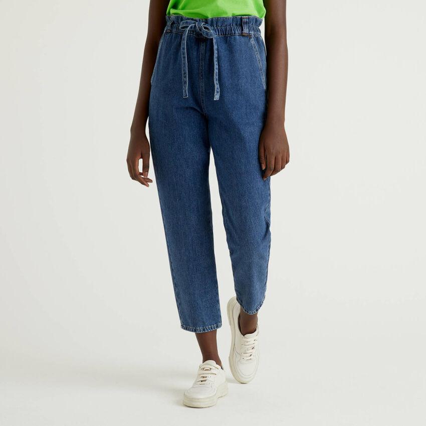 Pantaloni in denim di 100% cotone