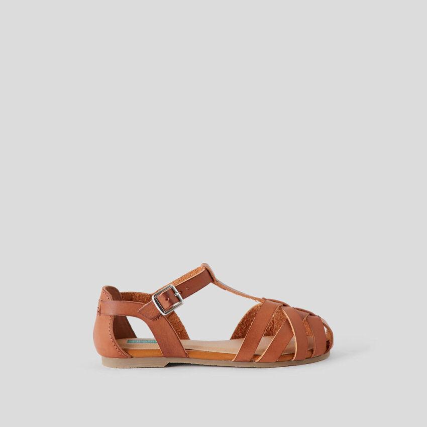 Sandaletti con tomaia intrecciata