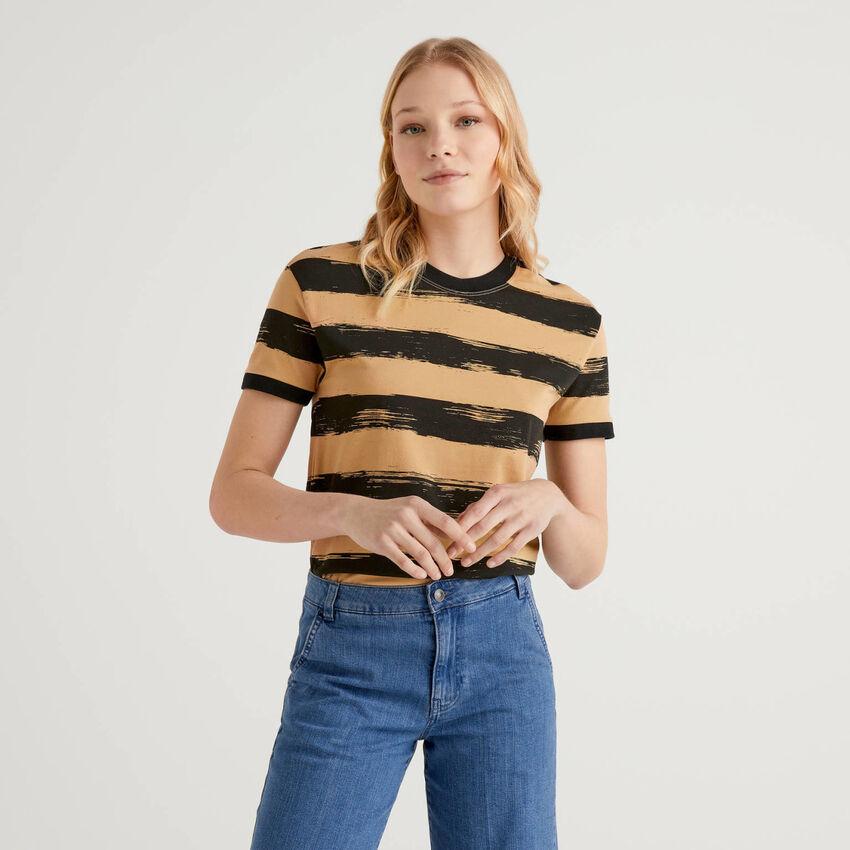 T-shirt stampata in cotone stretch