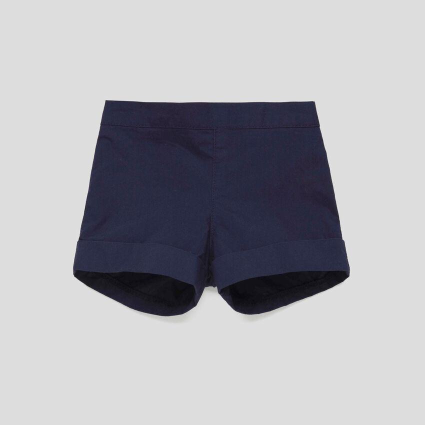 Shorts con risvolto