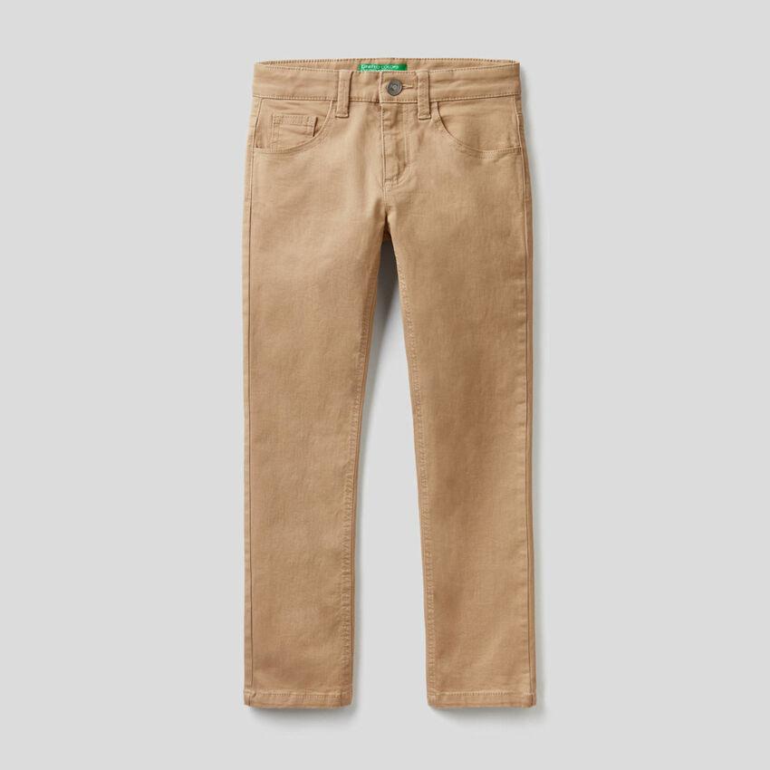 Pantaloni slim fit cinque tasche