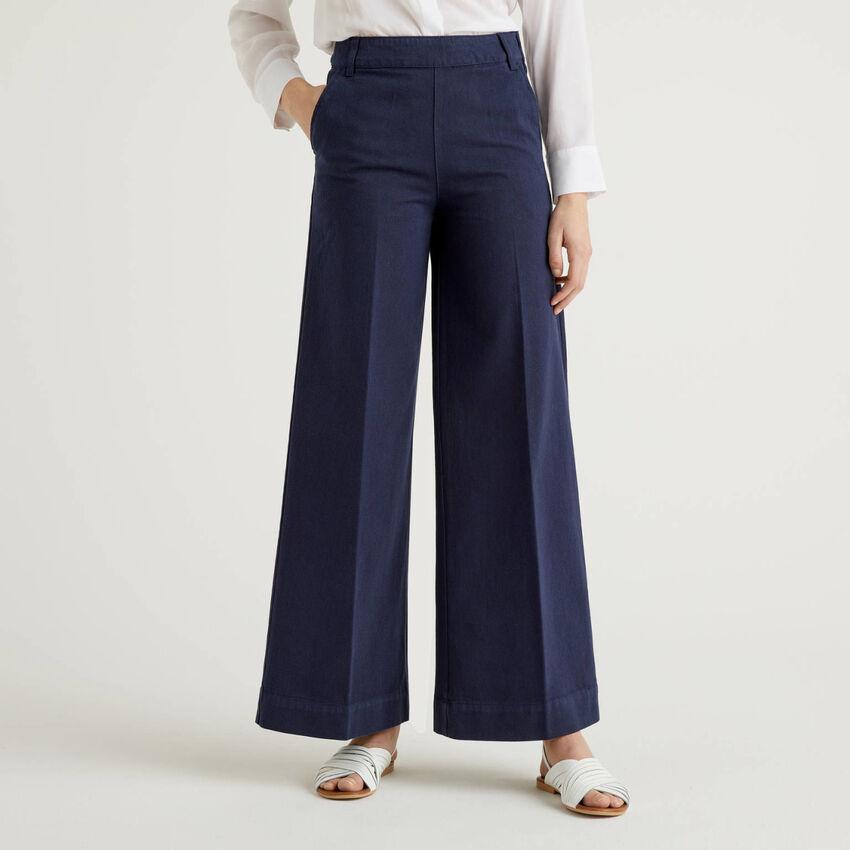 Pantaloni con gamba ampia in cotone