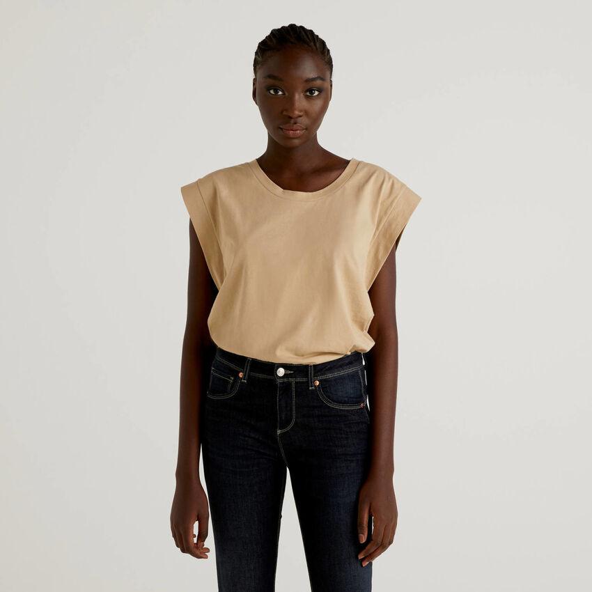T-shirt in cotone con manica ad aletta