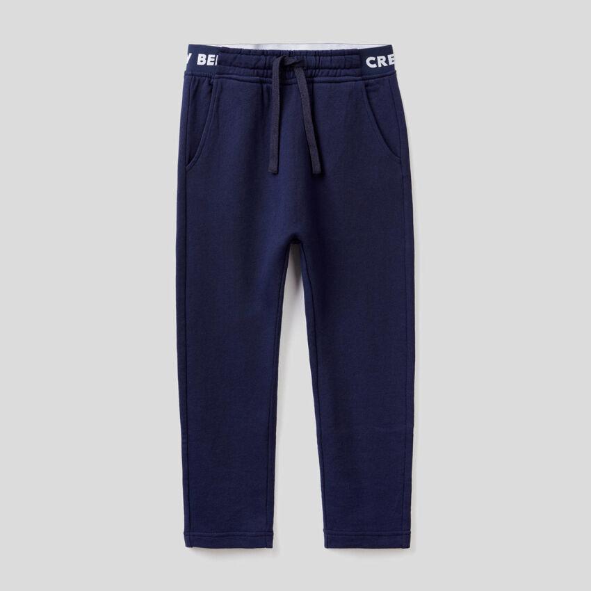 Pantaloni in felpa con elastico logato