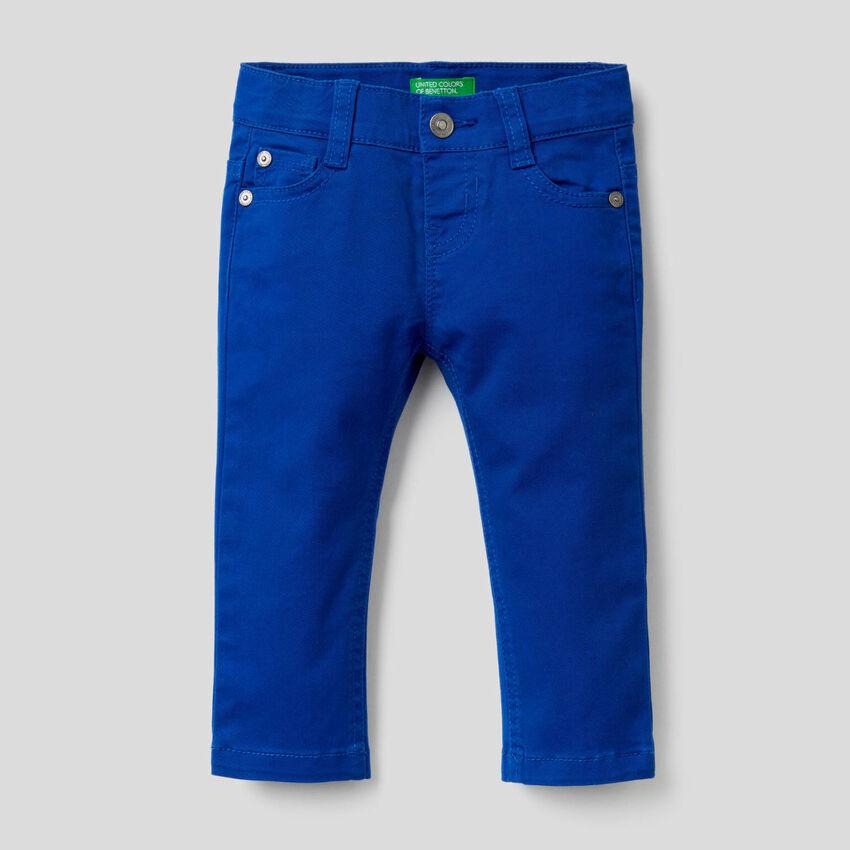 Pantaloni slim fit in cotone stretch