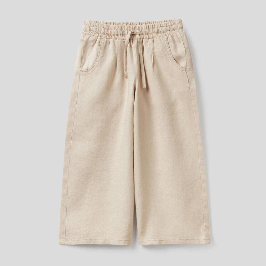 Pantaloni ampi in 100% lino