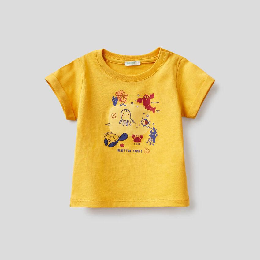 T-shirt gialla in cotone biologico