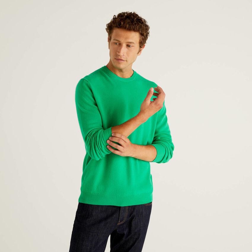 Maglia girocollo verde in pura lana vergine